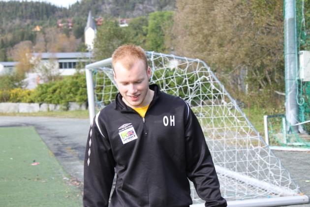 Odin debuterte i 3. divisjon hjemme mot Frøya og leverte en meget god kamp som midtstopper!