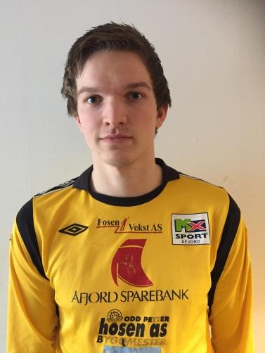 8 Ola Daniel Vingen forsvar