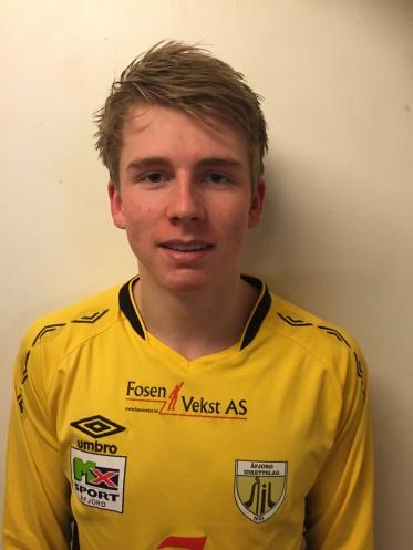 9 Daniel Tårnesvik angrep